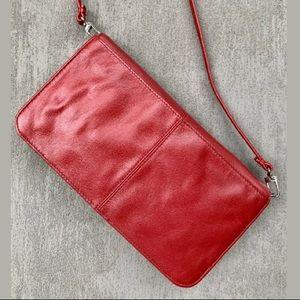 Wilsons Leather Flip/Fold Shoulder Pocketbook